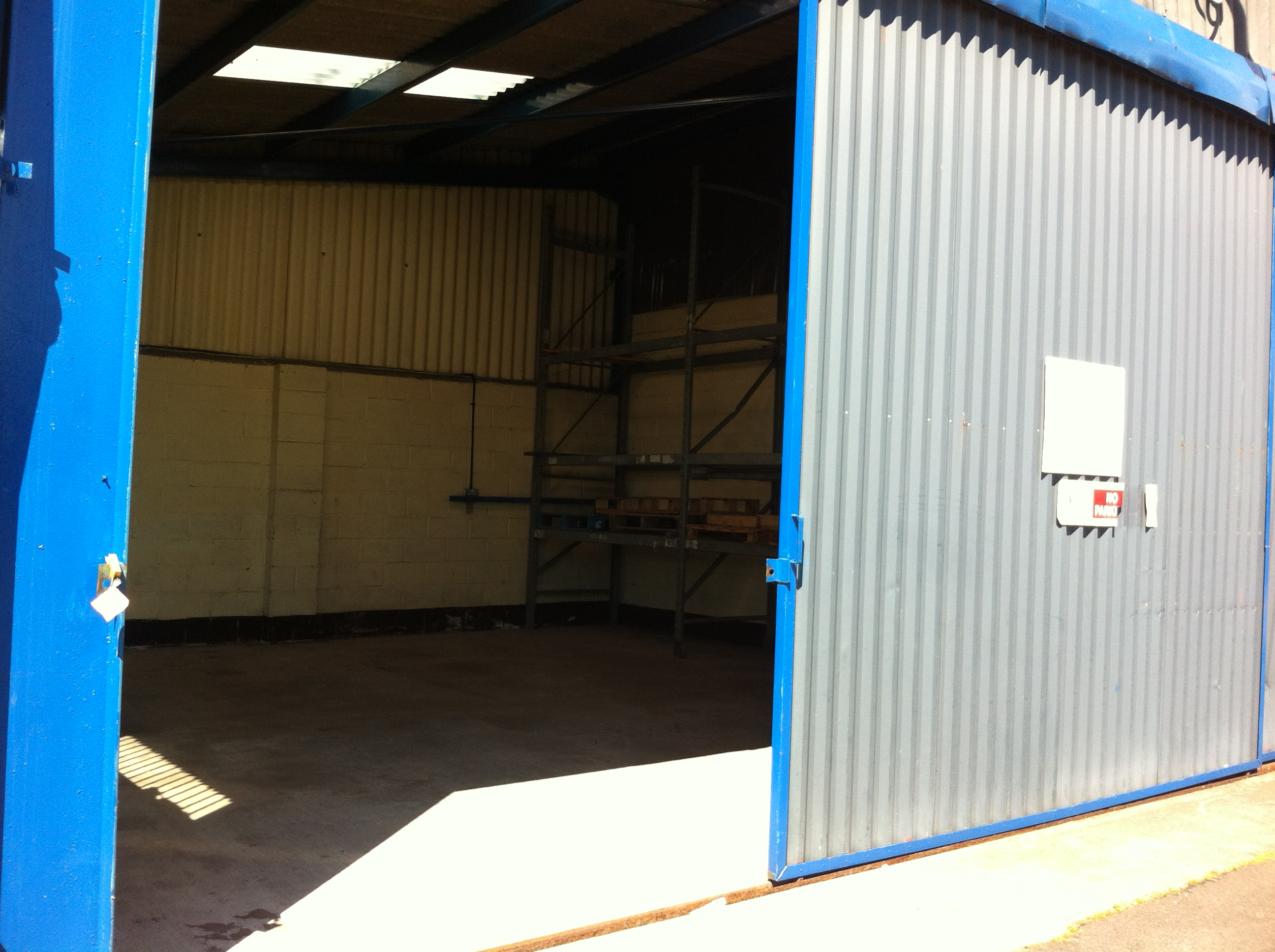 hw pryce and son ltd warehouse space to rent for storage in telford. Black Bedroom Furniture Sets. Home Design Ideas